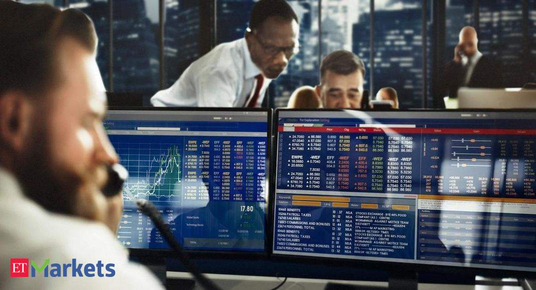 FTSE 100 recovers 1% on energy, mining stock boost
